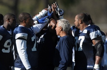 Nfl-dallas-cowboys-training-camp_display_image