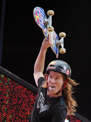 LOS ANGELES, CA - JULY 30:  Shaun White jokes on the ramp as he competes in the Skateboard Vert Final during X Games 16 at the Nokia Theatre LA Live on July 30, 2010 in Los Angeles, California.  (Photo by Harry How/Getty Images)