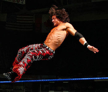 Wwe-smackdown-john-morrison-the-game-triple-g_1613023_display_image