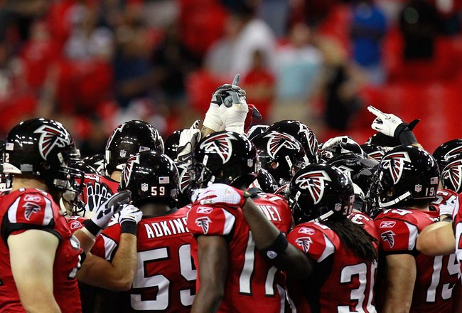 ATLANTA - AUGUST 13:  The Atlanta Falcons huddle before facing the Kansas City Chiefs at Georgia Dome on August 13, 2010 in Atlanta, Georgia.  (Photo by Kevin C. Cox/Getty Images)