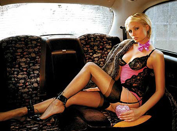 Paris-hilton-limo_display_image