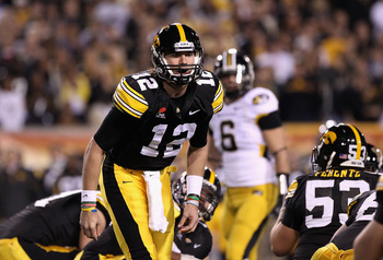 TEMPE, AZ - DECEMBER 28:  Quarterback Ricky Stanzi #12 of the Iowa Hawkeyes during the Insight Bowl against the Missouri Tigers at Sun Devil Stadium on December 28, 2010 in Tempe, Arizona. The Hawkeyes defeated the Tigers 27-24.  (Photo by Christian Peter