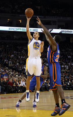 OAKLAND, CA - NOVEMBER 19:  Stephen Curry #30 of the Golden State Warriors in action against the New York Knicks at Oracle Arena on November 19, 2010 in Oakland, California. NOTE TO USER: User expressly acknowledges and agrees that, by downloading and or