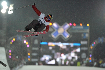 ASPEN, CO - JANUARY 23:  Sarah Burke participates in the Women's Skiing Superpipe Final on her way to winning the gold during Winter X Games 13 January 23, 2009 at Buttermilk Mountain in Aspen, Colorado.  (Photo by Jonathan Moore/Getty Images)