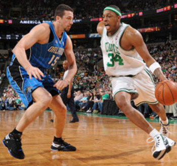 Paul_pierce_hedo_turkoglu_display_image