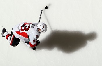 UNIONDALE, NY - FEBRUARY 14:  Peter Regin #43 of the Ottawa Senators warms up before playing against the New York Islanders on February 14, 2010 at Nassau Coliseum in Uniondale, New York.  (Photo by Jim McIsaac/Getty Images)