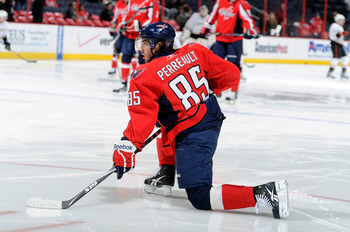 WASHINGTON, DC - DECEMBER 15:  Mathieu Perreault #85 of the Washington Capitals warms up before the game against the Anaheim Ducks at the Verizon Center on December 15, 2010 in Washington, DC.  (Photo by Greg Fiume/Getty Images)