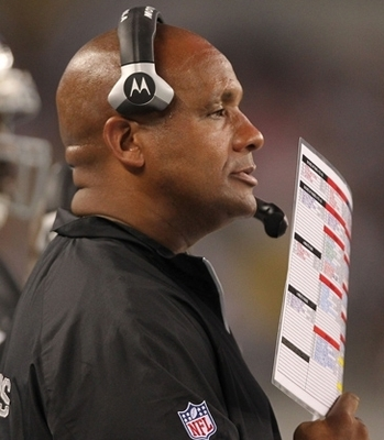 Hue Jackson led the Raiders' offense to being one of the worst 3rd down offenses in the league.
