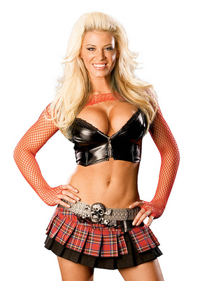 14ashleymassaro_display_image