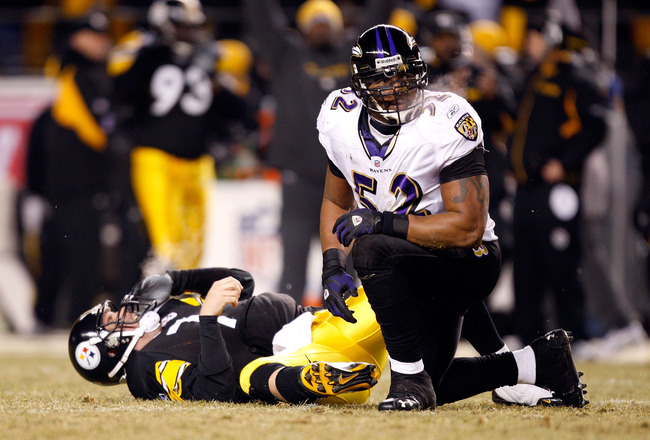 PITTSBURGH - JANUARY 18:  Ray Lewis #52 of the Baltimore Ravens kneels over Ben Roethlisberger #7 of the Pittsburgh Steelers as Roethlisberger grimaces after he was hit by Lewis during the AFC Championship game on January 18, 2009 at Heinz Field in Pittsb
