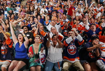 UNIONDALE, NY - JUNE 25:  Fans cheer as Nino Niederreiter is drafted fifth overall by the New York Islanders during the Draft Day Party on June 25, 2010 at Nassau Coliseum in Uniondale, New York.  (Photo by Mike Stobe/Getty Images for New York Islanders)