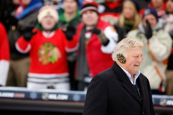 CHICAGO - JANUARY 01:  Former Chicago Blackhawks legend Bobby Hull walks on the field against the Detroit Red Wings during the NHL Winter Classic at Wrigley Field on January 1, 2009 in Chicago, Illinois.  (Photo by Jonathan Daniel/Getty Images)