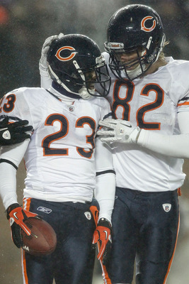 MINNEAPOLIS, MN - DECEMBER 20:  Devin Hester #23 of the Chicago Bears is congrtaulated by Greg Olsen #82 after scoring a touchdown against the Minnesota Vikings at TCF Bank Stadium on December 20, 2010 in Minneapolis, Minnesota.  (Photo by Matthew Stockma