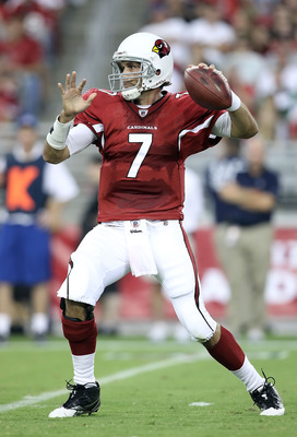 GLENDALE, AZ - AUGUST 14:  Quarterback Matt Leinart #7 of the Arizona Cardinals drops back to pass during preseason NFL game against the Houston Texans at the University of Phoenix Stadium on August 14, 2010 in Glendale, Arizona.  (Photo by Christian Pete