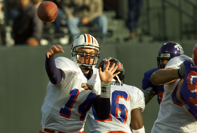 13 Jan 2001: Quarterback Ben Leard #14 of Auburn throws the ball for the East Team in the  East-West Shrine Game at Pacific Bell Park in San Francisco, California. DIGITAL IMAGE Mandatory Credit: Tom Hauck/ALLSPORT