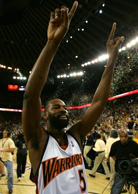 OAKLAND, CA - APRIL 29:  Baron Davis #5 of the Golden State Warriors celebrates after defeating the Dallas Mavericks in Game Four of the Western Conference Quarterfinals during the 2007 NBA Playoffs on April 29, 2007 at Oracle Arena in Oakland, California