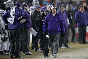 NEW YORK, NY - DECEMBER 30: Head coach of the    Kansas State Wildcats Bill Snyder walks the sideline against the Syracuse Orange during the New Era Pinstripe Bowl at Yankee Stadium on December 30, 2010 in New York, New York.  (Photo by Chris McGrath/Gett