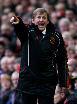 LIVERPOOL, ENGLAND - JANUARY 16:  Liverpool Manager Kenny Dalglish issues instructions during the Barclays Premier League match between Liverpool and Everton at Anfield on January 16, 2011 in Liverpool, England.  (Photo by Alex Livesey/Getty Images)