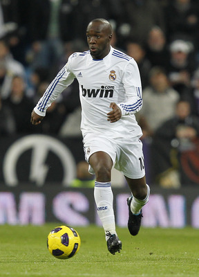 MADRID, SPAIN - DECEMBER 19:  Lass Diarra of Real Madrid in action during the La Liga match between Real Madrid and Sevilla at Estadio Santiago Bernabeu on December 19, 2010 in Madrid, Spain. Real Madrid won the match 1-0.  (Photo by Angel Martinez/Getty