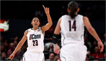 Uconn-woman-smoore-_display_image