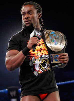 Kofi Kingston with the Intercontinetal title, photo copyright to WWE.com