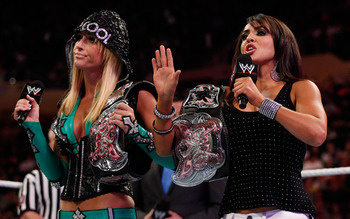 LayCool, photo copyright to WWE.com