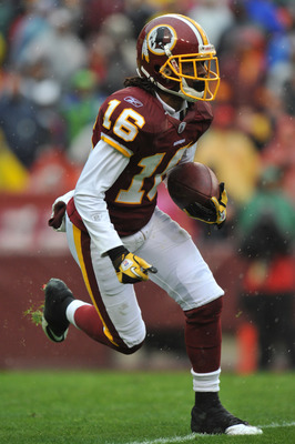 LANDOVER, MD - DECEMBER 12:  Brandon Banks #16 of the Washington Redskins runs the ball during the game against the Tampa Bay Buccaneers  at FedExField on December 12, 2010 in Landover, Maryland. The Buccaneers defeated the Redskins 17-16. (Photo by Larry