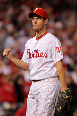 PHILADELPHIA - OCTOBER 23:  Roy Oswalt #44 of the Philadelphia Phillies celebrates after ending the sixth inning against the San Francisco Giants in Game Six of the NLCS during the 2010 MLB Playoffs at Citizens Bank Park on October 23, 2010 in Philadelphi