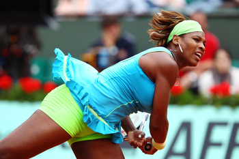 PARIS - MAY 29:  Serena Williams of the United States serves during the women's singles third round match between Serena Williams of the United States and Anastasia Pavlyuchenkova of Russia at the French Open on day seven of the French Open at Roland Garr