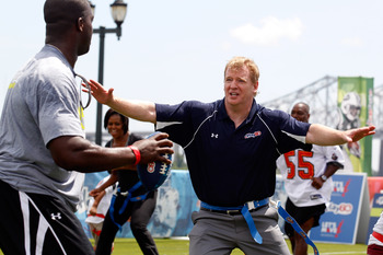 NEW ORLEANS - SEPTEMBER 08:  NFL commissioner Roger Goodell  plays on the field during the NFLs Play 60 campaign to fight childhood obesity at Brock Elementary School September 8, 2010 in New Orleans, Louisiana. Obama joined NFL Commissioner Roger Goodel
