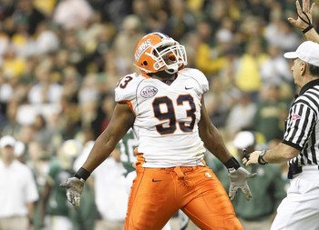 Liuget could be the solution to the Albert Haynesworth problem