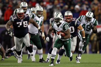 FOXBORO, MA - JANUARY 16:  Shonn Greene #23 of the New York Jets runs down field against the New England Patriots during their 2011 AFC divisional playoff game at Gillette Stadium on January 16, 2011 in Foxboro, Massachusetts.  (Photo by Jim Rogash/Getty