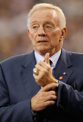 ARLINGTON, TX - NOVEMBER 21:  Dallas Cowboys owner Jerry Jones watches as the Cowboys take on the Detroit Lions at Cowboys Stadium on November 21, 2010 in Arlington, Texas.  (Photo by Tom Pennington/Getty Images)