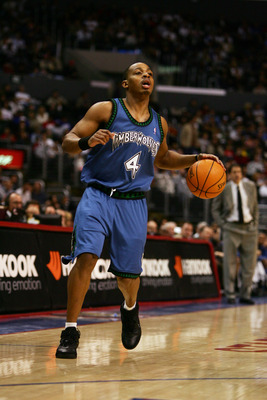 LOS ANGELES, CA - JANUARY 27:  Randy Foye #4 of the Minnesota Timberwolves moves the ball against the Los Angeles Clippers at Staples Center on January 27, 2007 in Los Angeles, California.  The Timberwolves won 101-87.  NOTE TO USER: User expressly acknow