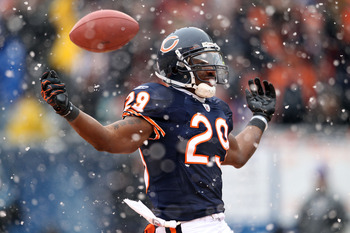 CHICAGO, IL - JANUARY 16:  Running back Chester Taylor #29 of the Chicago Bears reacts after scoring on a one-yard touchdown run in the second quarter against the Seattle Seahawks in the 2011 NFC divisional playoff game at Soldier Field on January 16, 201