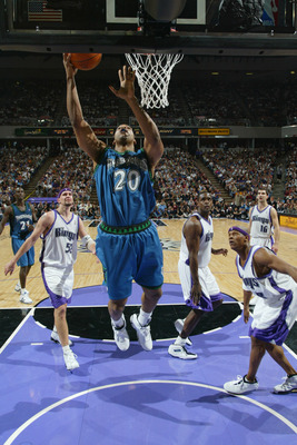 SACRAMENTO, CA - MAY 12:  Gary Trent #20 of the Minnesota Timberwolves shoots against the Sacramento Kings in Game four of the Western Conference Semifinals during the 2004 NBA Playoffs at Arco Arena on May 12, 2004 in Sacramento, California.  The Kings w