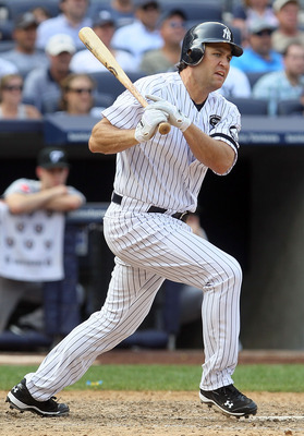 NEW YORK - AUGUST 04:  Lance Berkman #17 of the New York Yankees bats against the Toronto Blue Jays on August 4, 2010 at Yankee Stadium in the Bronx borough of New York City.  (Photo by Jim McIsaac/Getty Images)