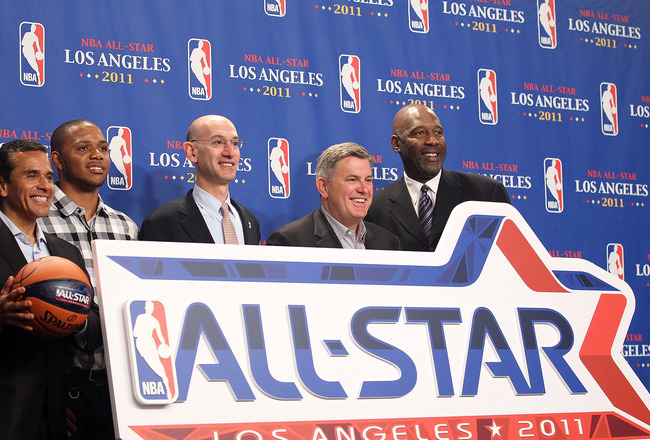 LOS ANGELES, CA - JUNE 06:  The 2011 NBA All-Star logo is unveiled by Los Angeles Mayor Antonio Villaraigosa, Eric Gordon of the Los Angeles Clippers, NBA deputy commissioner Adam Silver, AEG CEO Tim Leiweke and NBA legend James Worthy before Game Two of