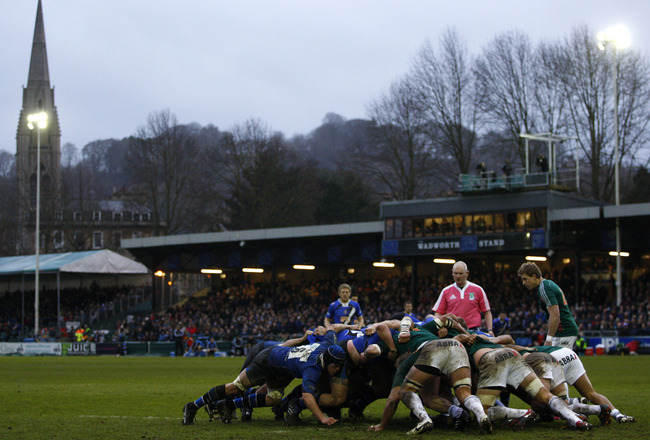 BATH, UNITED KINGDOM - JANUARY 15: A general view of the Bath scrum during the Heineken Cup Pool Four match between Bath and Aironi Rugby at the Recreation Ground on January 15, 2011 in Bath, England. (Photo by Harry Engels/Getty Images)