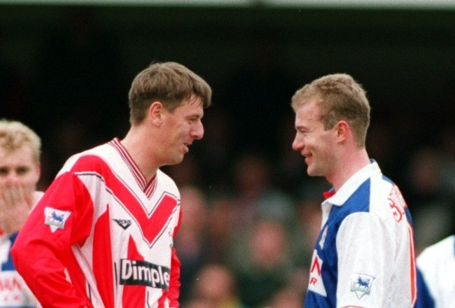 16  APRIL 1994:  MATTHEW LE TISSIER OF SOUTHAMPTON TALKING TO ALAN SHEARER OF BLACKBURN ROVERS BEFORE SCORING FROM A PENALTY DURING THE SOUTHAMPTON V BLACKBURN ROVERS FA PREMIER LEAGUE MATCH AT THE DELL. SOUTHAMPTON WON THE MATCH 3-1. Mandatory Credit: Ch