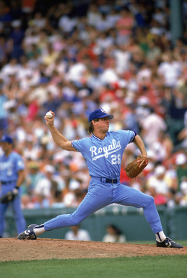 1988:  Steve Farr of the Kansas City Royals winds back to pitch during a MLB game in the 1988 season. (Photo by: Rick Stewart/Getty Images)