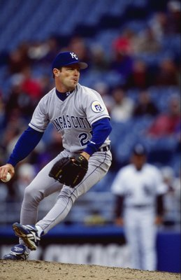11 Apr 1999:  Jeff Montgomery #21 of the Kansas City Royals winds up for the pitch during the game against the Chicago White Sox at the Comskey Park in Chicago, Illinois. The Royals defeated the White Sox 3-1. Mandatory Credit: Matthew Stockman  /Allsport