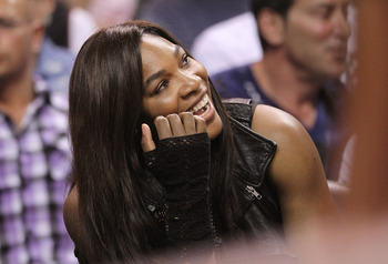 MIAMI - NOVEMBER 19:  Tennis star Serena Williams watches a game between the Miami Heat and the Charlotte Bobcats at American Airlines Arena on November 19, 2010 in Miami, Florida. NOTE TO USER: User expressly acknowledges and agrees that, by downloading