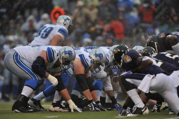 BALTIMORE - DECEMBER 13:  The Detroit Lions offense awaits the snap during the game against the Baltimore Ravens at M&T Bank Stadium on December 13, 2009 in Baltimore, Maryland. The Ravens defeated the Lions 48-3. (Photo by Larry French/Getty Images)