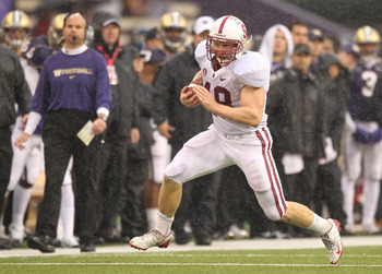 SEATTLE - OCTOBER 30:  Running back Owen Marecic #48 of the Stanford Cardinal rushes against the Washington Huskies on October 30, 2010 at Husky Stadium in Seattle, Washington. Stanford won 41-0. (Photo by Otto Greule Jr/Getty Images)