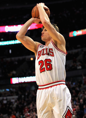CHICAGO, IL - JANUARY 15:  Kyle Korver #26 of the Chicago Bulls sinks the game winning three point shot with 25 seconds remaining in the game against the Miami Heat at the United Center on January 15, 2011 in Chicago, Illinois. The Bulls defeated the Heat