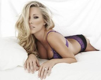 Kendra-wilkinson-playboy-lingerie-p_display_image