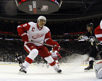 PITTSBURGH, PA - JANUARY 18:  Nicklas Lidstrom #5 of the Detroit Red Wings skates against the Pittsburgh Penguins at Consol Energy Center on January 18, 2011 in Pittsburgh, Pennsylvania.  (Photo by Justin K. Aller/Getty Images)