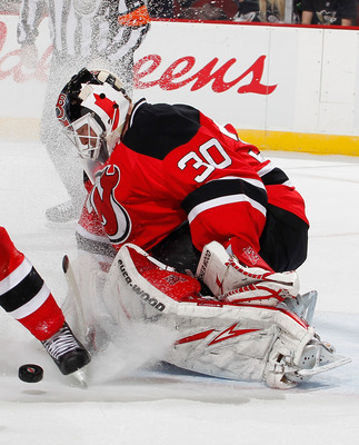 NEWARK, NJ - JANUARY 20:  Martin Brodeur #30 of the New Jersey Devils makes a save in the first period of an NHL hockey game against the Pittsburgh Penguins at the Prudential Center on January 20, 2011 in Newark, New Jersey.  Devils won 2-0. (Photo by Pau