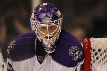 DALLAS, TX - JANUARY 17:  Goalie Jonathan Bernier #45 of the Los Angeles Kings during play against the Dallas Stars at American Airlines Center on January 17, 2011 in Dallas, Texas.  (Photo by Ronald Martinez/Getty Images)